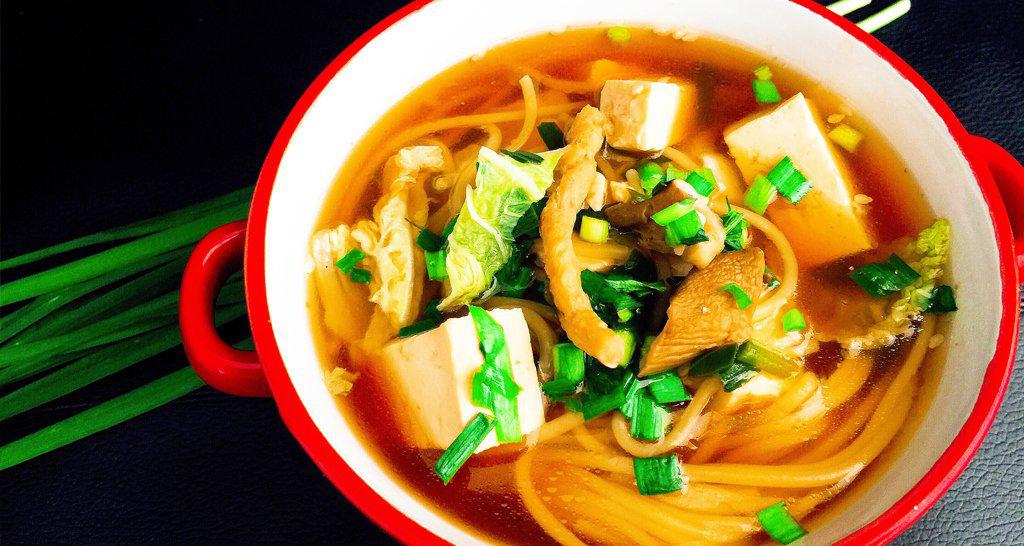 Sopa japonesa de fideos
